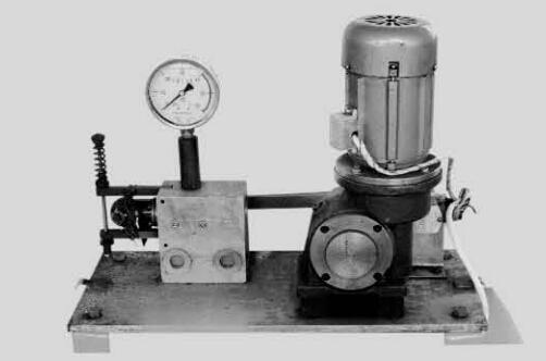 EM型电动换向阀